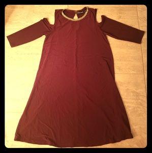3/4 Sleeve Burgundy Dress